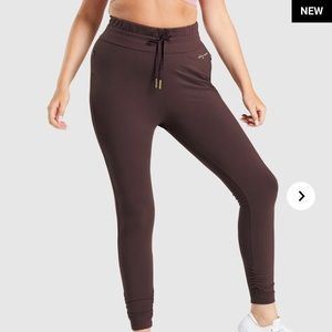 Gymshark x Whitney Simmons fitted joggers nwt